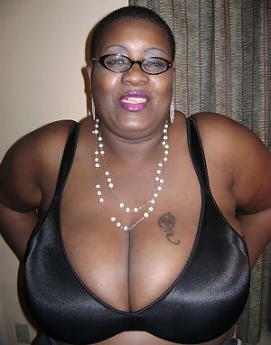 Big Boobs Bald Porn Pictures