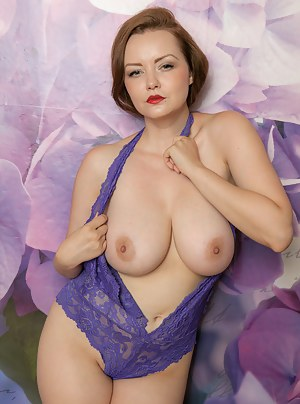 Big Boobs Lingerie Porn Pictures